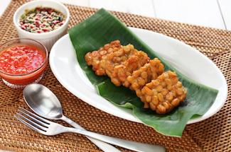 temp goreng,fried tempeh, indonesian vegetarian food